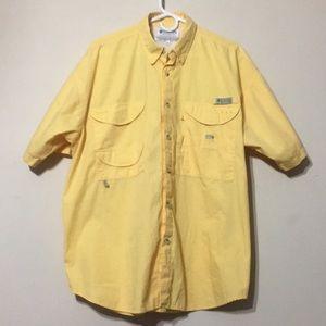 Columbia performance fishing gear shirt